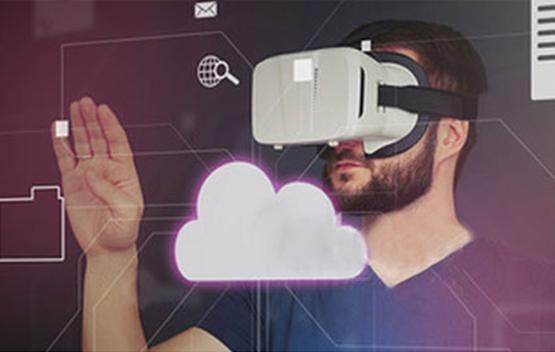 <p>VR là công cụ cho phép designer tạo dựng một hệ thống ảo mô phỏng các nguyên lý môi trường thực tế, mang lại khả năng diễn đạt trực quan và thiết kế những trải nghiệm khó có thể tưởng tượng được trên thực tế.</p>